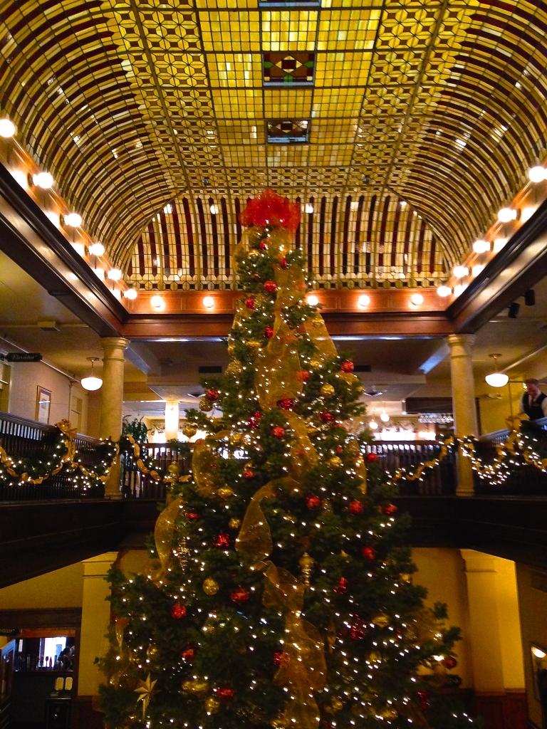Lobby of the Hotel Boulderado.