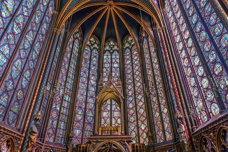 worlds-best-stained-glass-windows-01-sized-from-architectural-digest