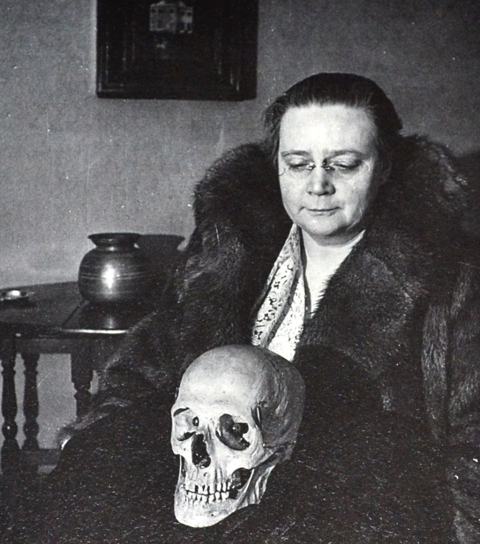Dorothy Sayers Contemplating'